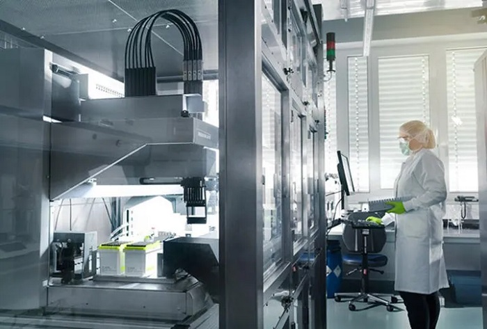 Türk Bilim İnsanının Ortağı Olduğu İlaç Şirketi, Kovid-19 Aşısı için Çin'de Denemelere Başlıyor