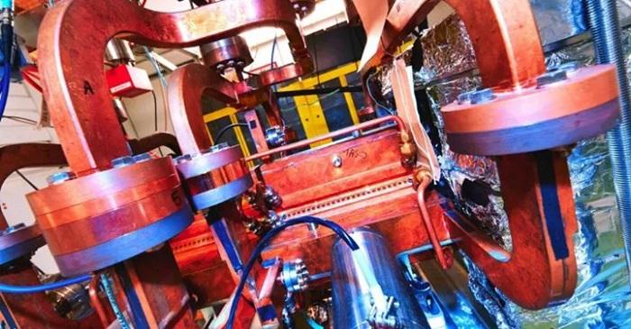 CERN, Parçacık Hızlandırıcı Teknolojisini Kanser Hastalarının Tedavisinde Kullanacak