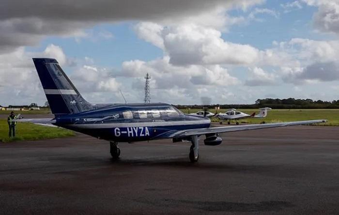 Hidrojen Yakıt Pilli ve Elektrikli Dünyanın İlk Yolcu Uçağı, Test Uçuşunu Başarıyla Tamamladı
