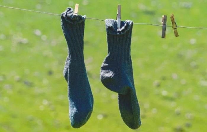 Bilim İnsanları, Ayak Kokusunu Yok Edecek Nanoteknoloji Çoraplar Üretti
