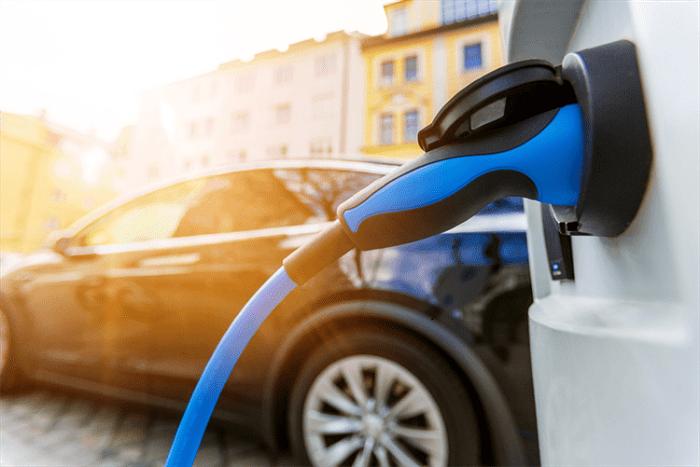 Çığır Açan Grafen Bataryaların İçindeki Lityum İyon Pillerinin ve Elektrikli Araçların Gelecekteki Önemi