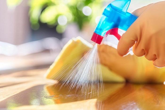 COVID-19'u Temizlerken Evimizin Havasını mı Kirletiyoruz?