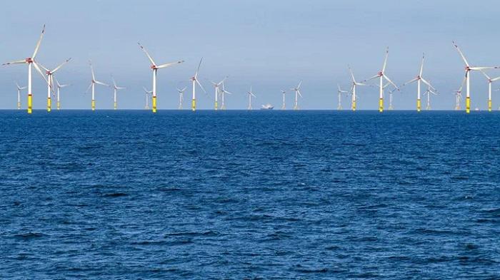 AB'de Yenilenebilir Enerjiden Elde Edilen Elektrik, Fosil Yakıt Kaynaklı Üretimi İlk Kez Geride Bıraktı