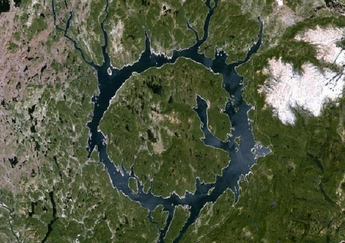 Dünyadaki İlk Canlı En Büyük Tehdidinden Nasıl Kurtuldu : Su
