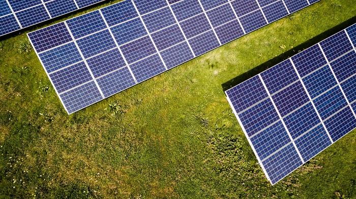 Dünyanın Tamamen Sürdürülebilir Enerjiden Güç Alabilmesinin Yolu Heyecan Verici!