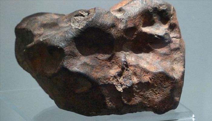 Meteoritlerdeki Organik İçeriklerin Yapı Taşı Olduğu Sanılan Bir Molekül Keşfedildi