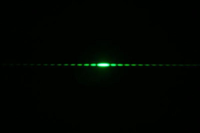 Şaşırtıcı Bir Şekilde Işığın Dalga Davranışını Taklit Eden Osilatör