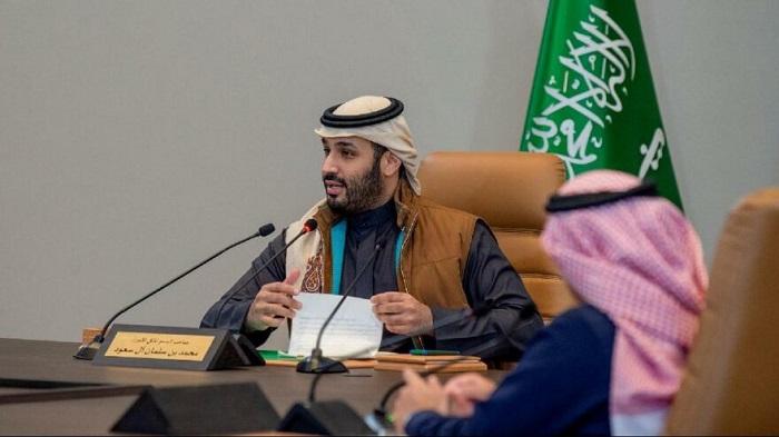 Suudi Arabistan Petrolü Bırakmak için Adım Atıyor