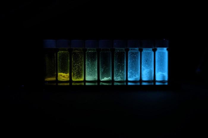 Tıbbi Görüntülemede Molekül Zincir Uzunluğu Rengi Belirler