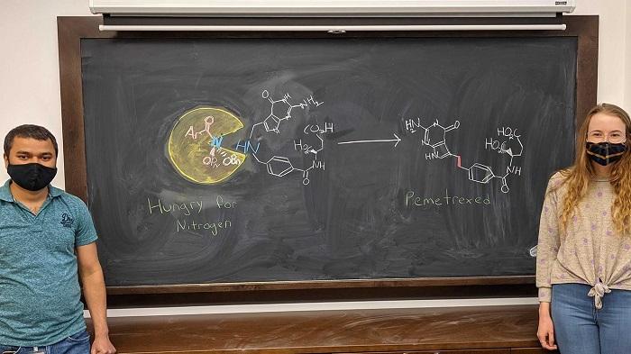 Molekülleri Lego Parçaları gibi İnşa Etmek