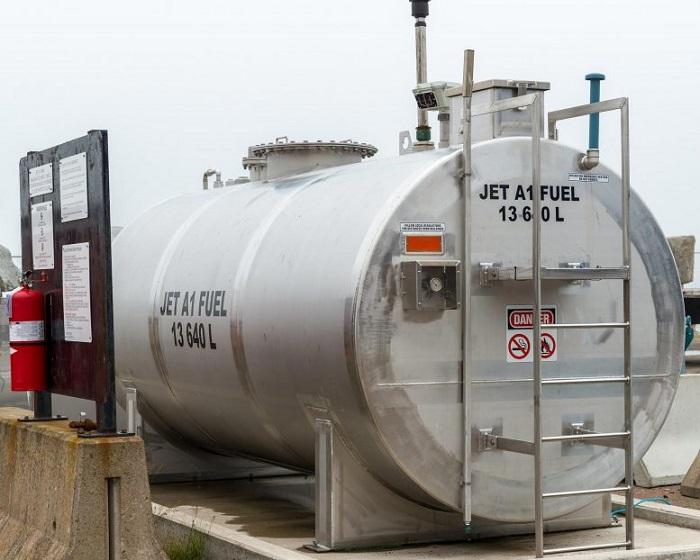 Atık Plastikleri Sadece Bir Saat İçinde Jet Yakıtına Dönüştüren İnovatif Teknoloji