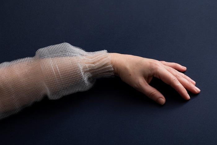 Programlanabilir Bir Fiber Bellek, Sıcaklık Sensörleri ve Eğitimli Bir Sinir Ağı Programı İçeriyor